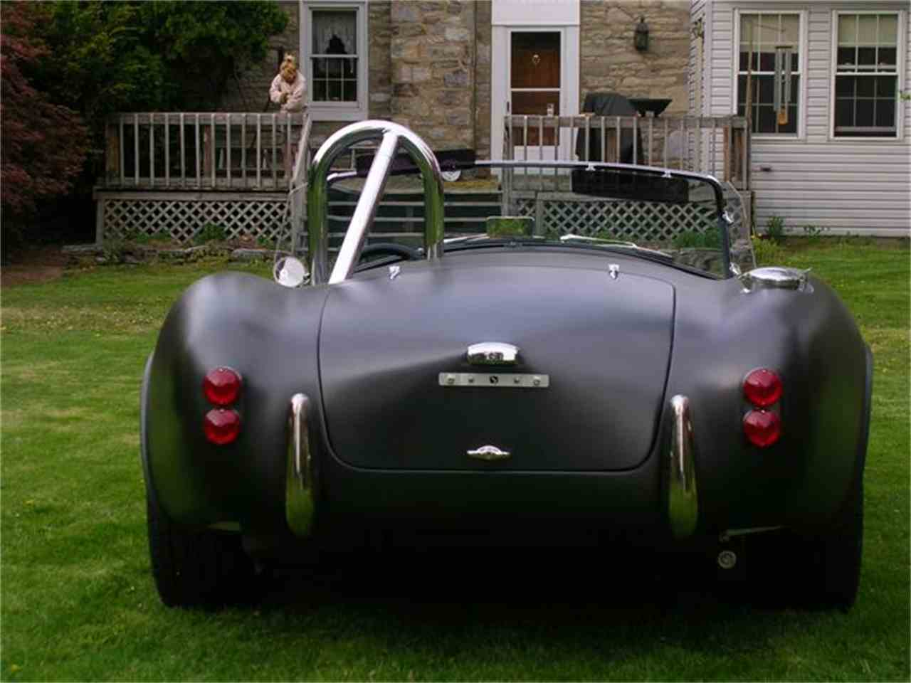 Large Picture of '05 Cobra Replica - 2B2B