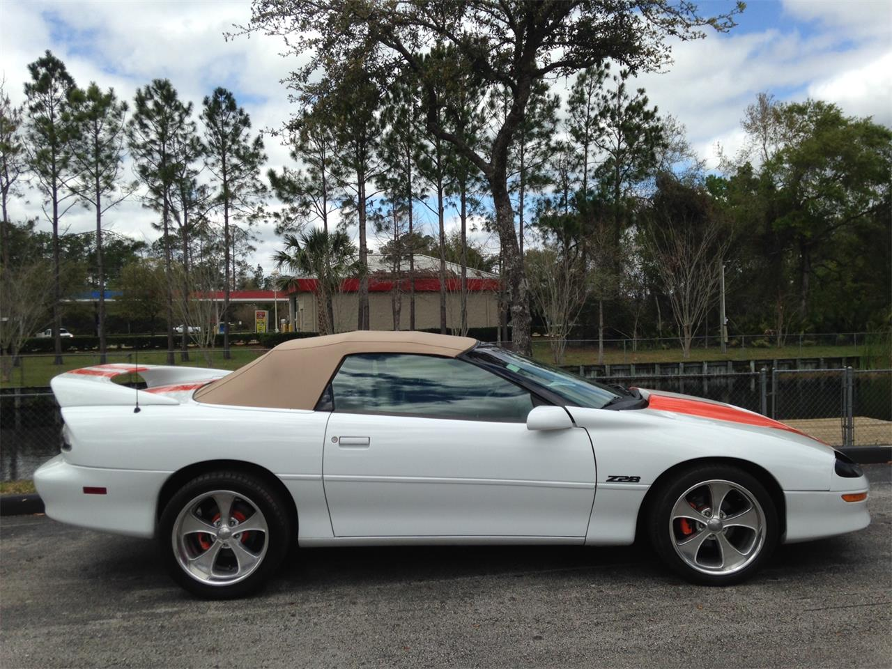 Large Picture of '95 Camaro SS - LGOX