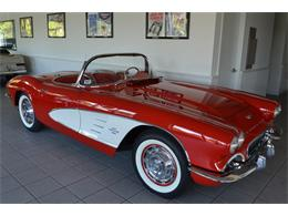 Picture of Classic '61 Corvette Offered by Aventura Motors - LGP0