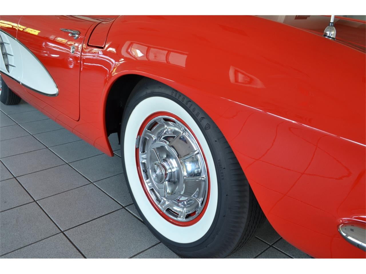 Large Picture of 1961 Corvette located in Southampton New York - $99,999.00 - LGP0