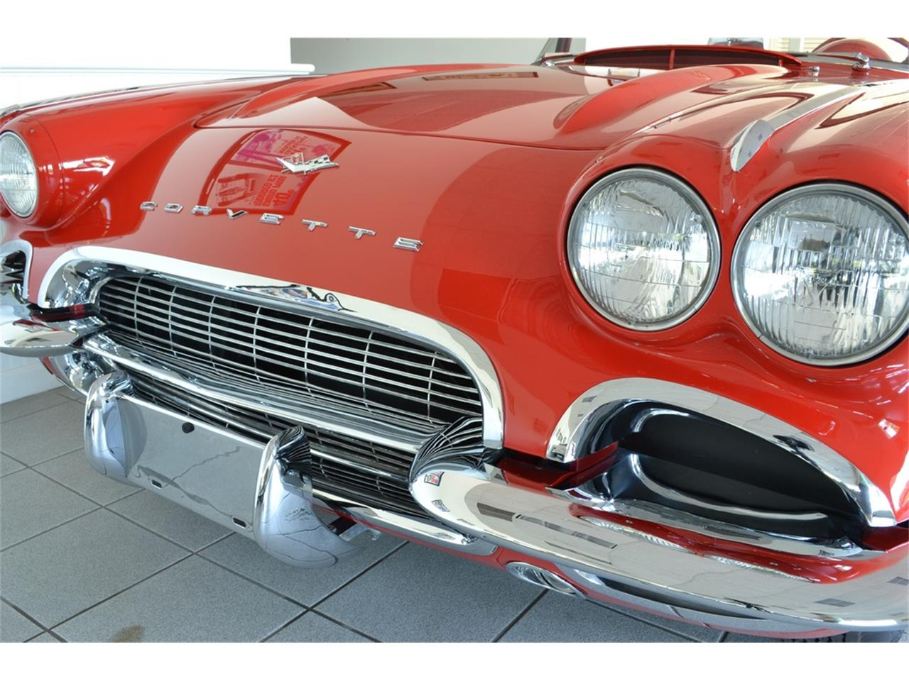 Large Picture of '61 Chevrolet Corvette located in New York - LGP0