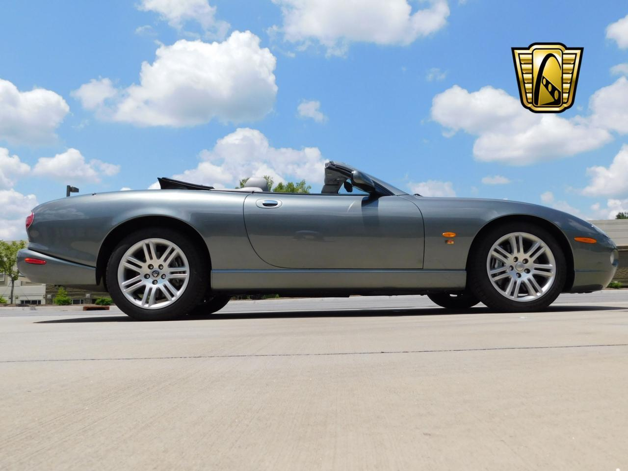 Large Picture of '05 Jaguar XKR located in Alpharetta Georgia - $19,595.00 Offered by Gateway Classic Cars - Atlanta - LGSX