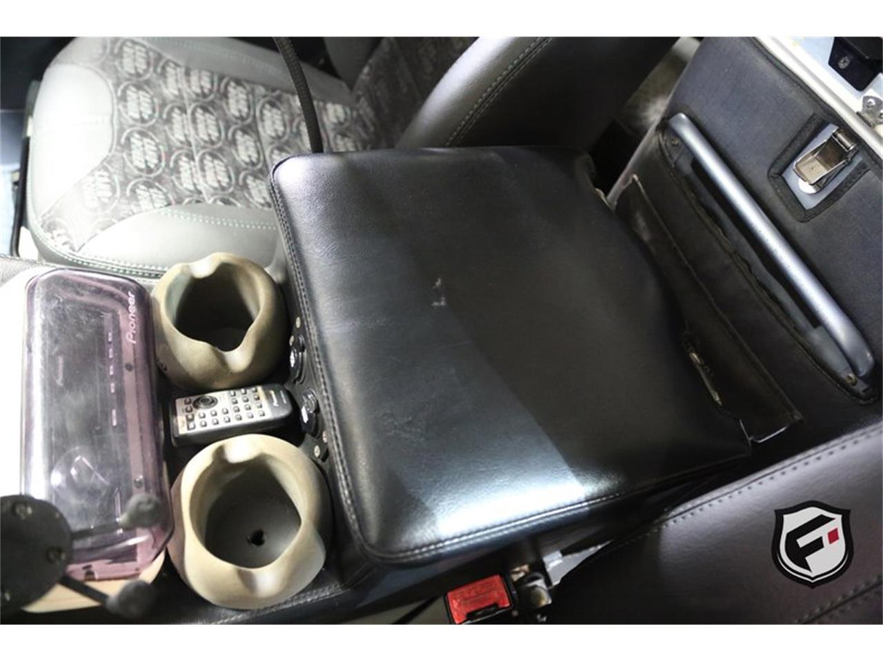 Large Picture of '93 Land Rover Defender - $109,900.00 - LGT5