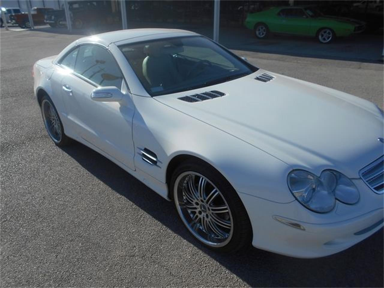 Large Picture of '06 SL500 located in Blanchard Oklahoma Offered by Knippelmier Classics - LGTN