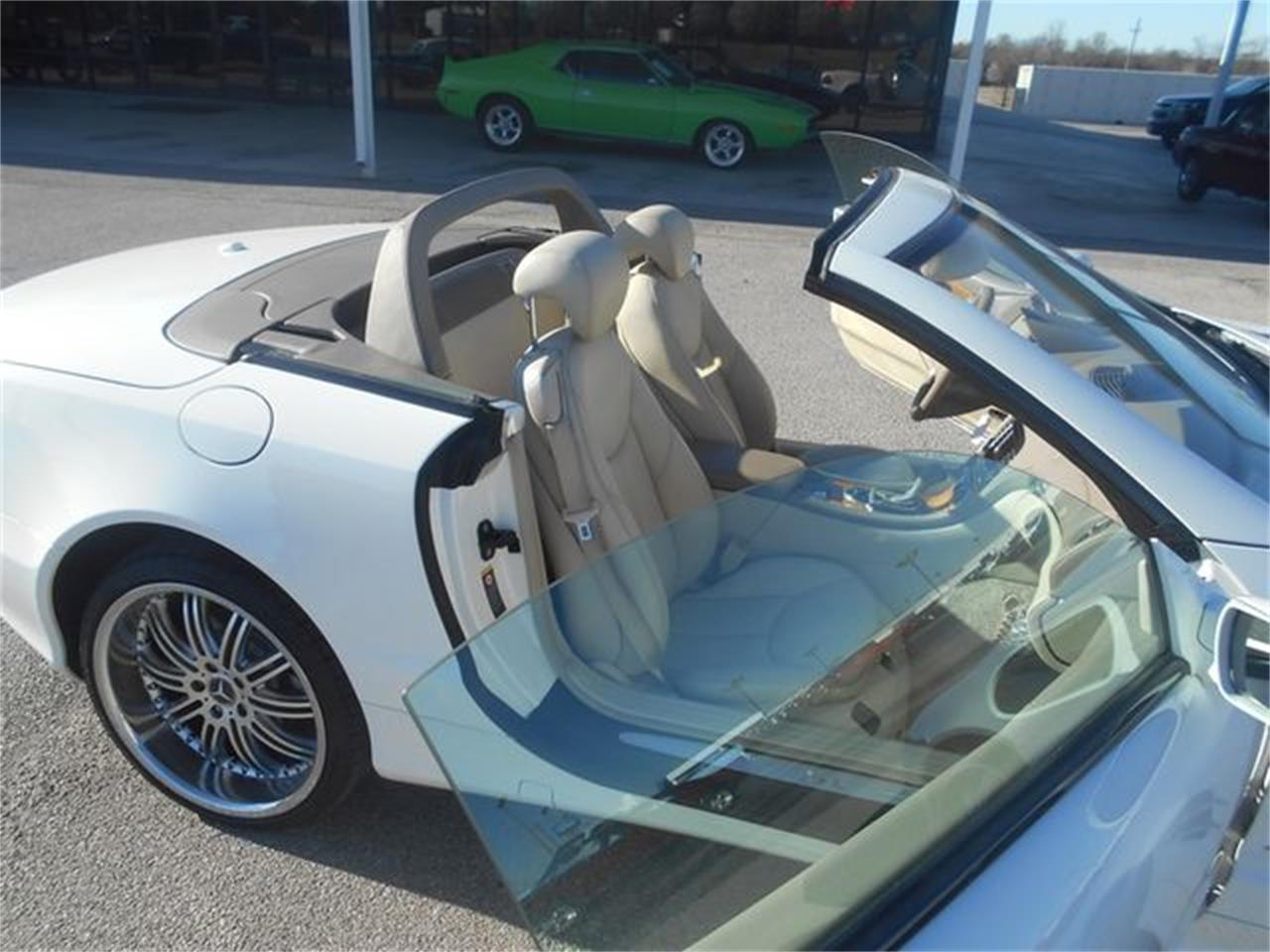 Large Picture of '06 Mercedes-Benz SL500 located in Oklahoma - $22,500.00 Offered by Knippelmier Classics - LGTN