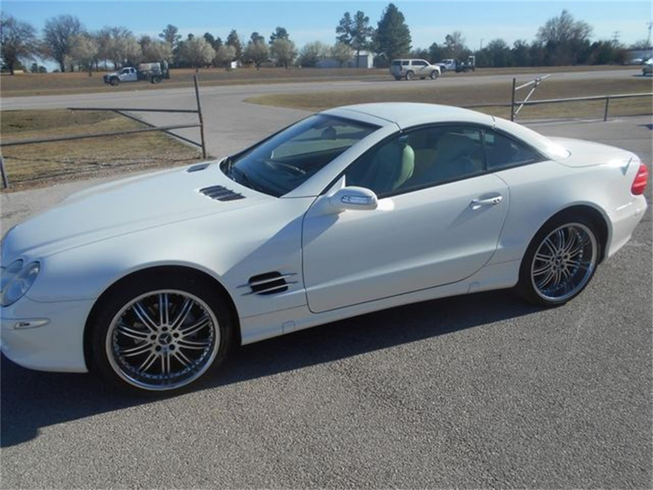 Large Picture of '06 SL500 located in Blanchard Oklahoma - $22,500.00 Offered by Knippelmier Classics - LGTN