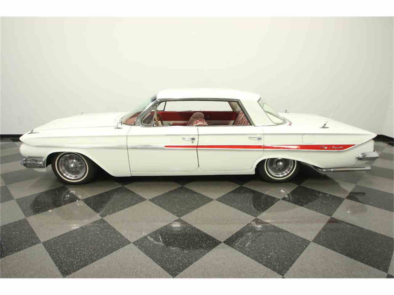 Large Picture of Classic 1961 Chevrolet Impala - $13,995.00 Offered by Streetside Classics - Tampa - LGUL