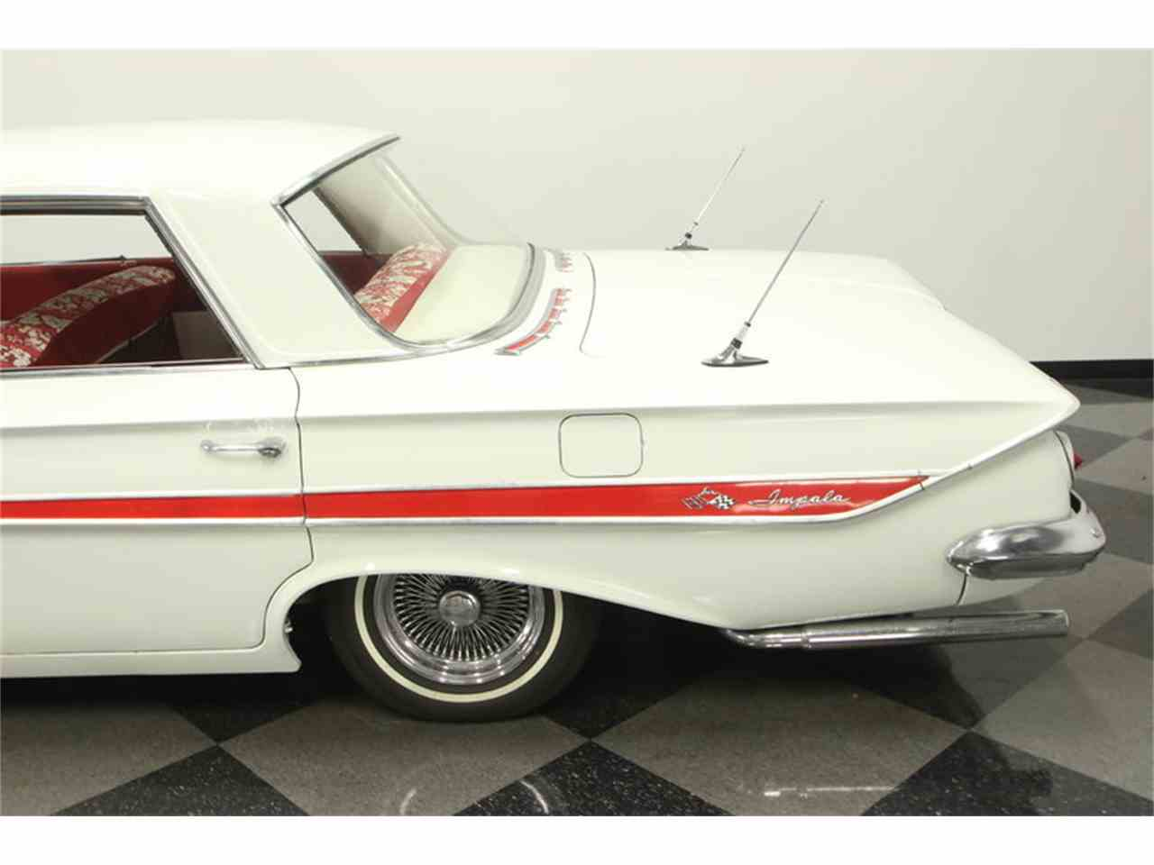 Large Picture of Classic 1961 Impala Offered by Streetside Classics - Tampa - LGUL
