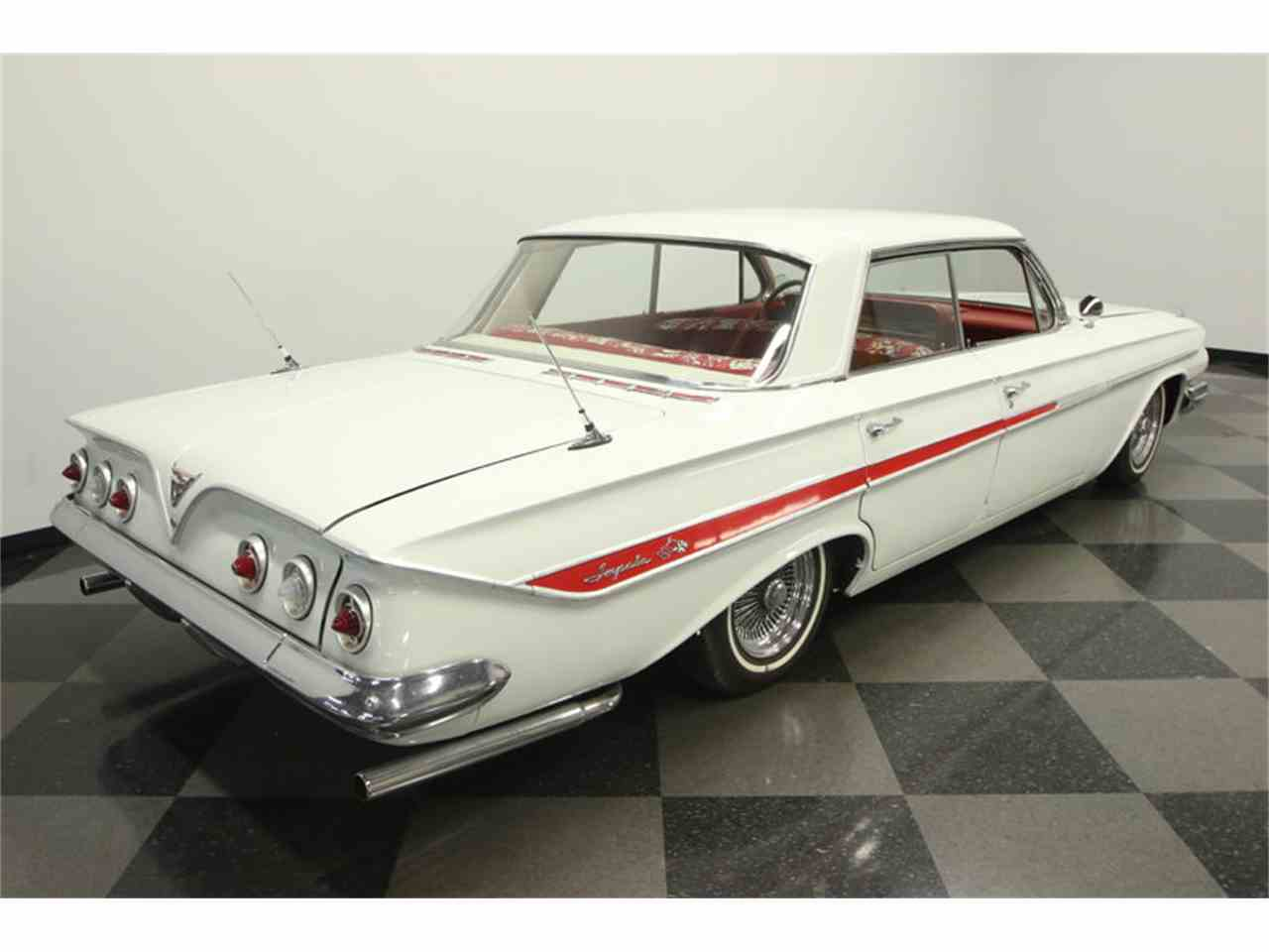 Large Picture of Classic '61 Impala located in Florida - LGUL