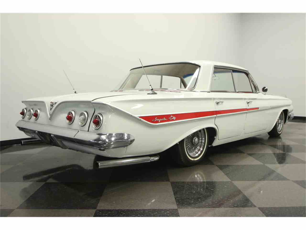 Large Picture of '61 Chevrolet Impala located in Florida - LGUL