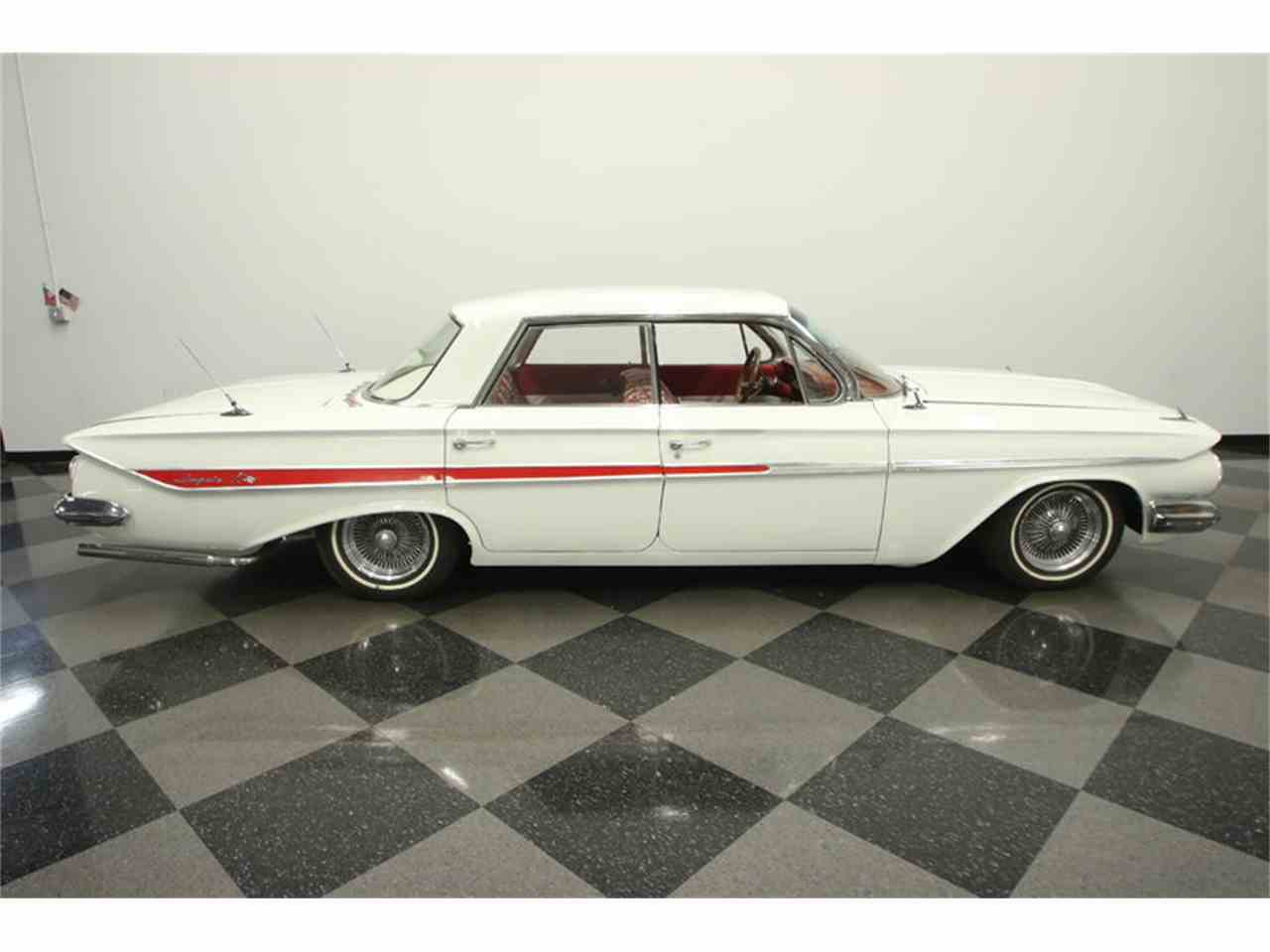 Large Picture of '61 Impala located in Lutz Florida - LGUL