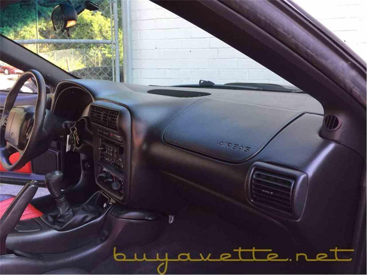 Large Picture of 2002 Chevrolet Camaro located in Atlanta Georgia - LGUV