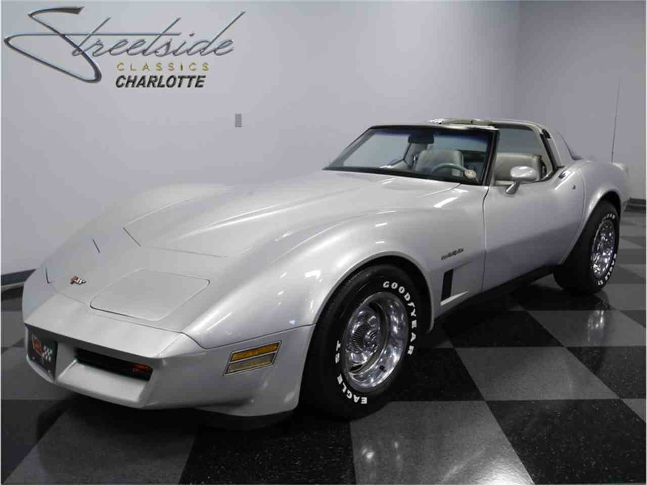 Large Picture of 1982 Chevrolet Corvette - $18,995.00 Offered by Streetside Classics - Charlotte - LGV9