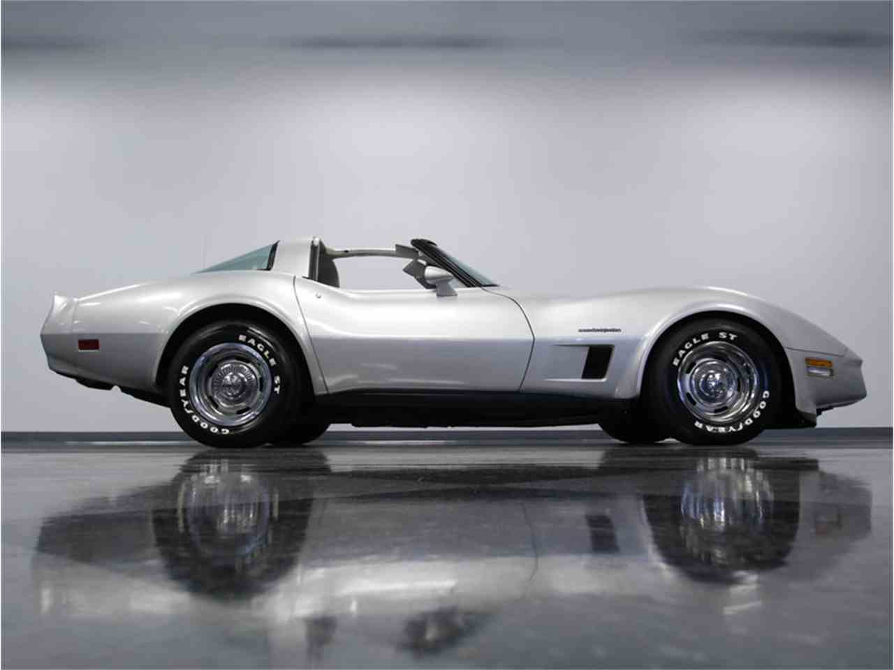 Large Picture of 1982 Chevrolet Corvette Offered by Streetside Classics - Charlotte - LGV9