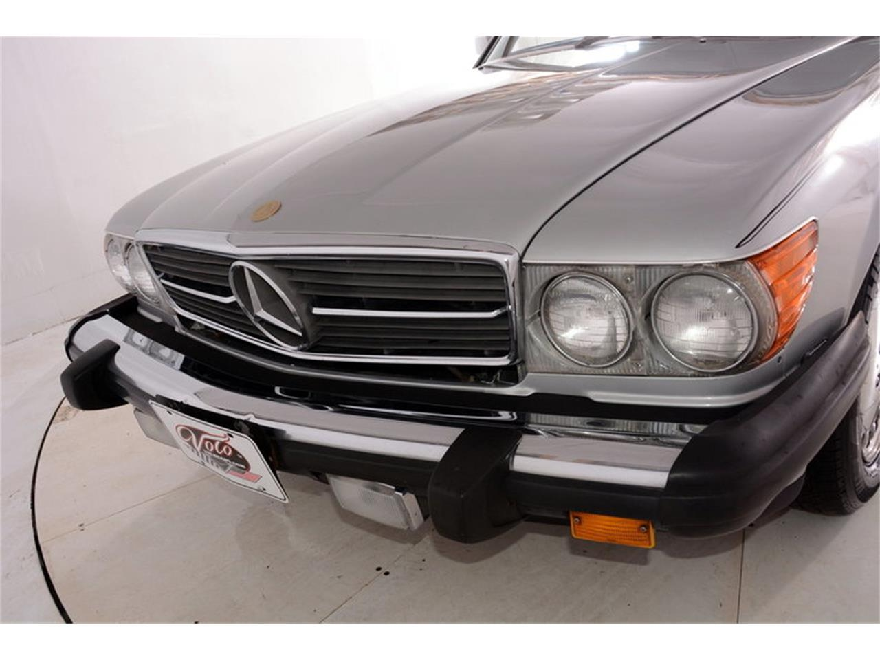 Large Picture of 1986 Mercedes-Benz 560SL - $16,998.00 Offered by Volo Auto Museum - LGVM