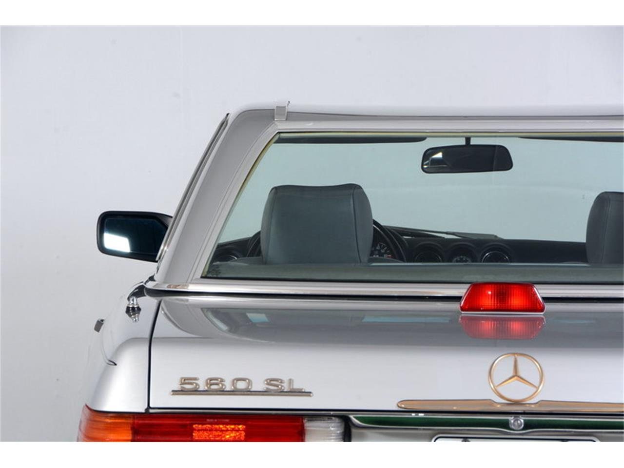 Large Picture of 1986 560SL - $16,998.00 Offered by Volo Auto Museum - LGVM