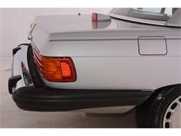 Picture of '86 Mercedes-Benz 560SL located in Volo Illinois Offered by Volo Auto Museum - LGVM
