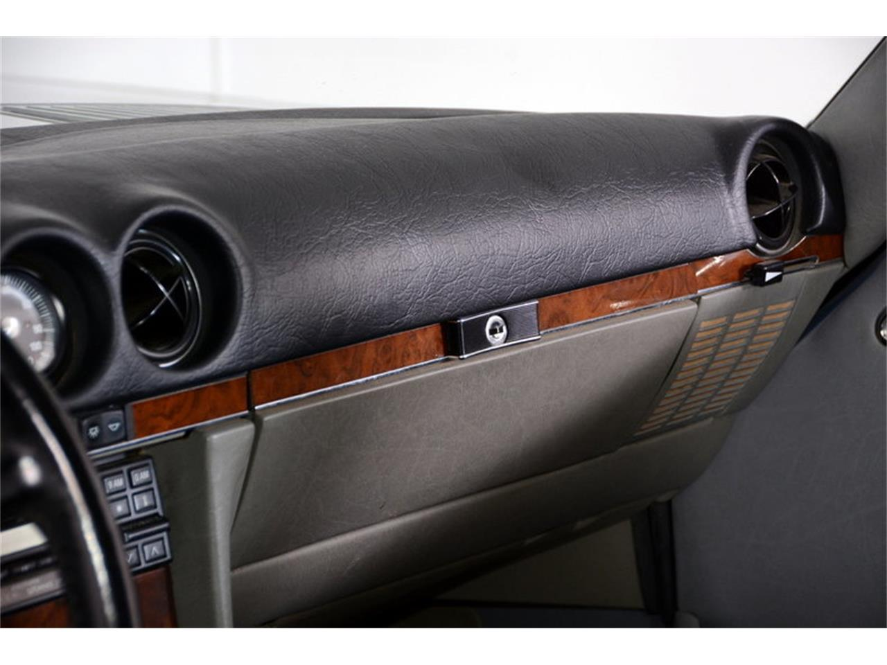 Large Picture of 1986 560SL - LGVM