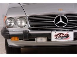 Picture of '86 560SL - $16,998.00 Offered by Volo Auto Museum - LGVM