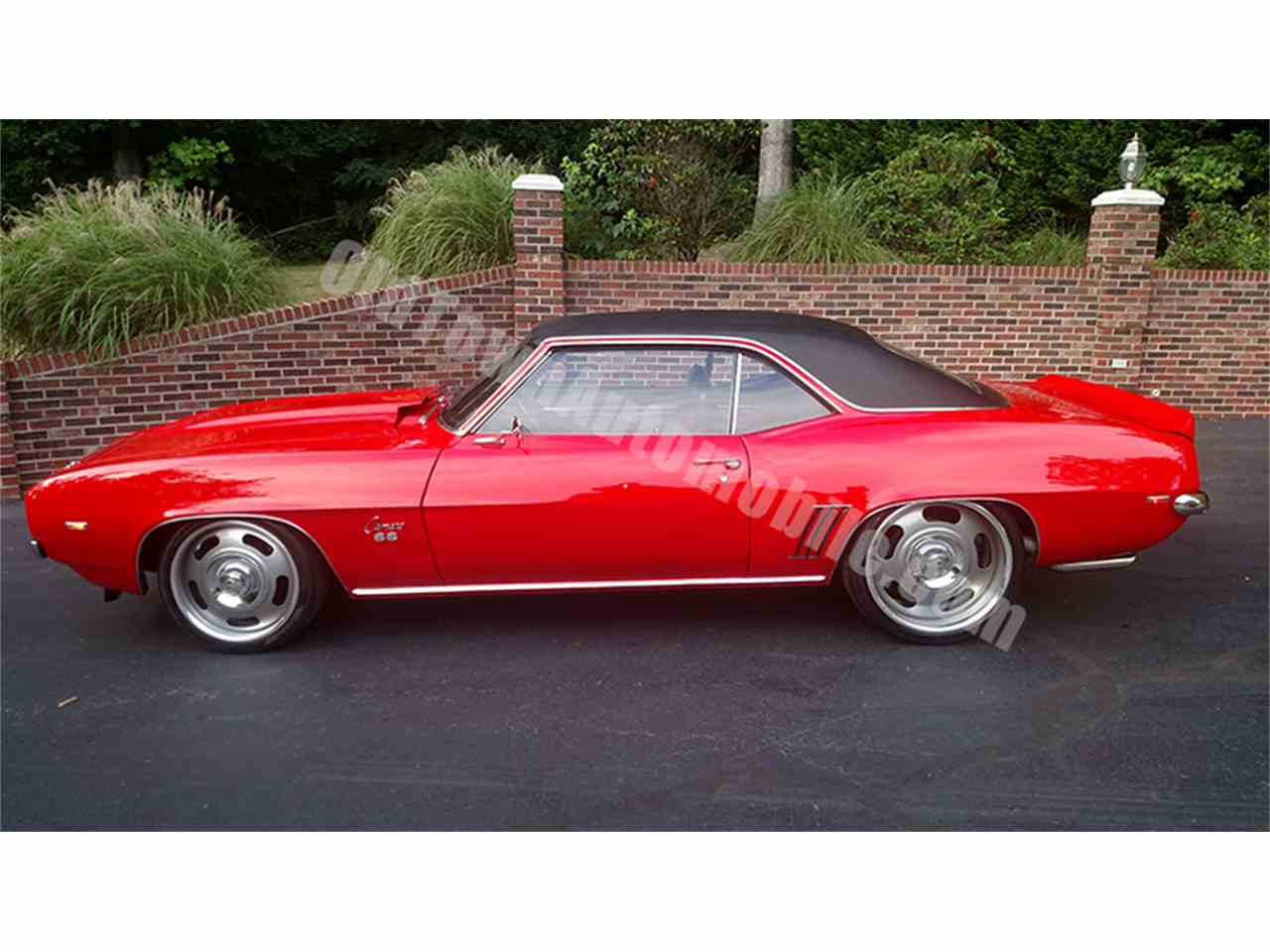 Large Picture of Classic 1969 Camaro - $42,900.00 Offered by Old Town Automobile - LGVW