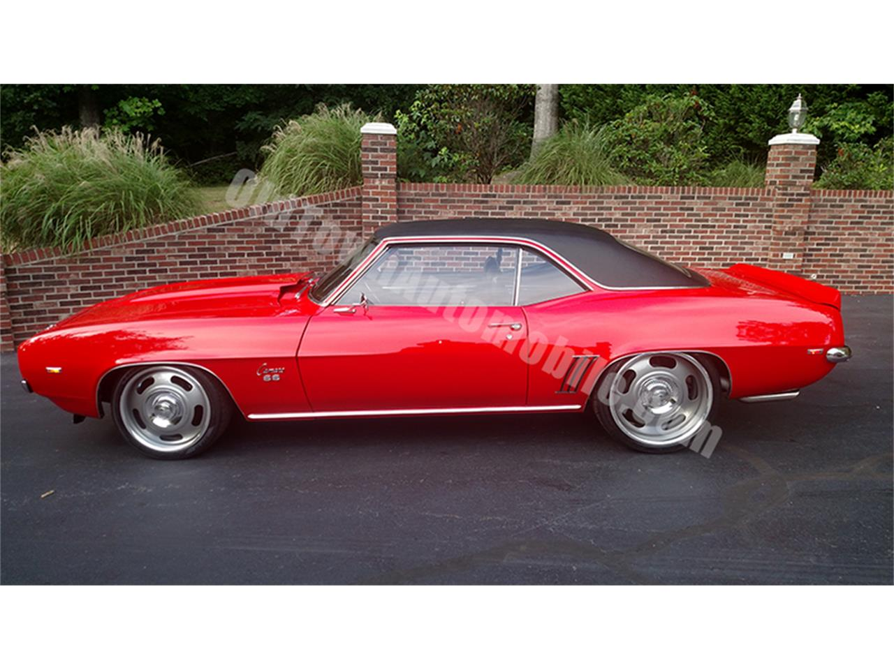 Large Picture of '69 Chevrolet Camaro located in Huntingtown Maryland Offered by Old Town Automobile - LGVW