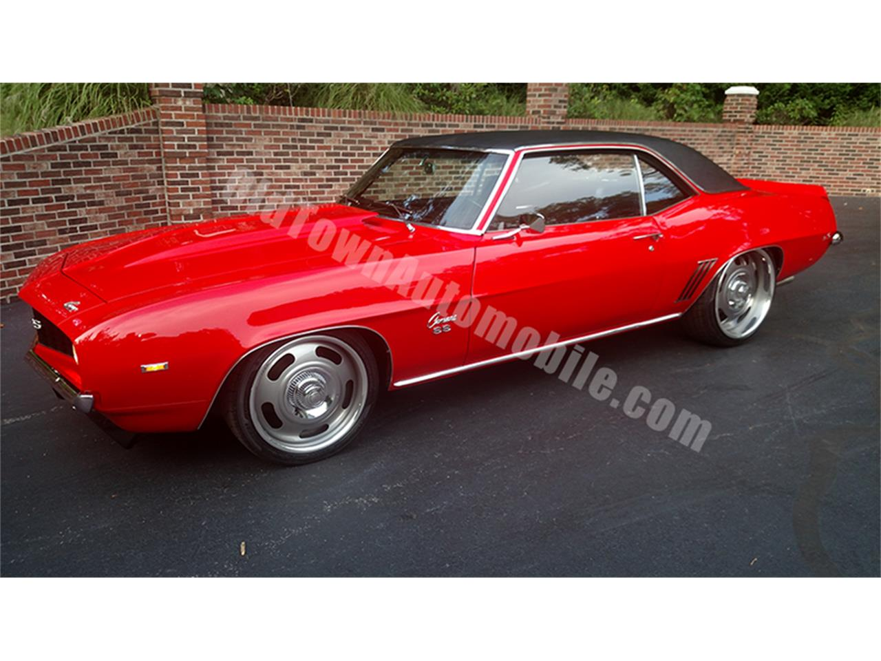 Large Picture of Classic '69 Chevrolet Camaro located in Huntingtown Maryland Offered by Old Town Automobile - LGVW