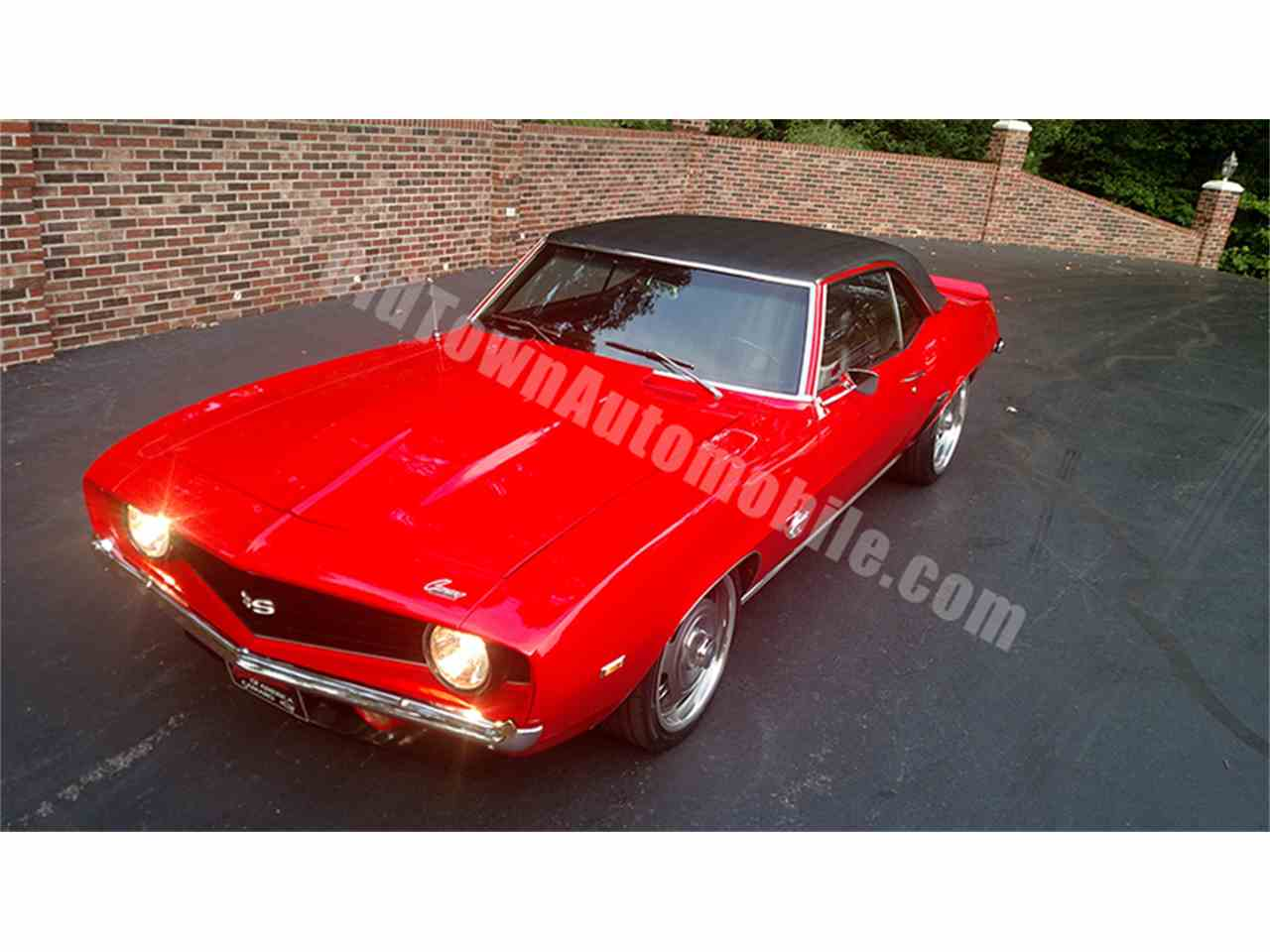 Large Picture of Classic 1969 Camaro located in Huntingtown Maryland - LGVW