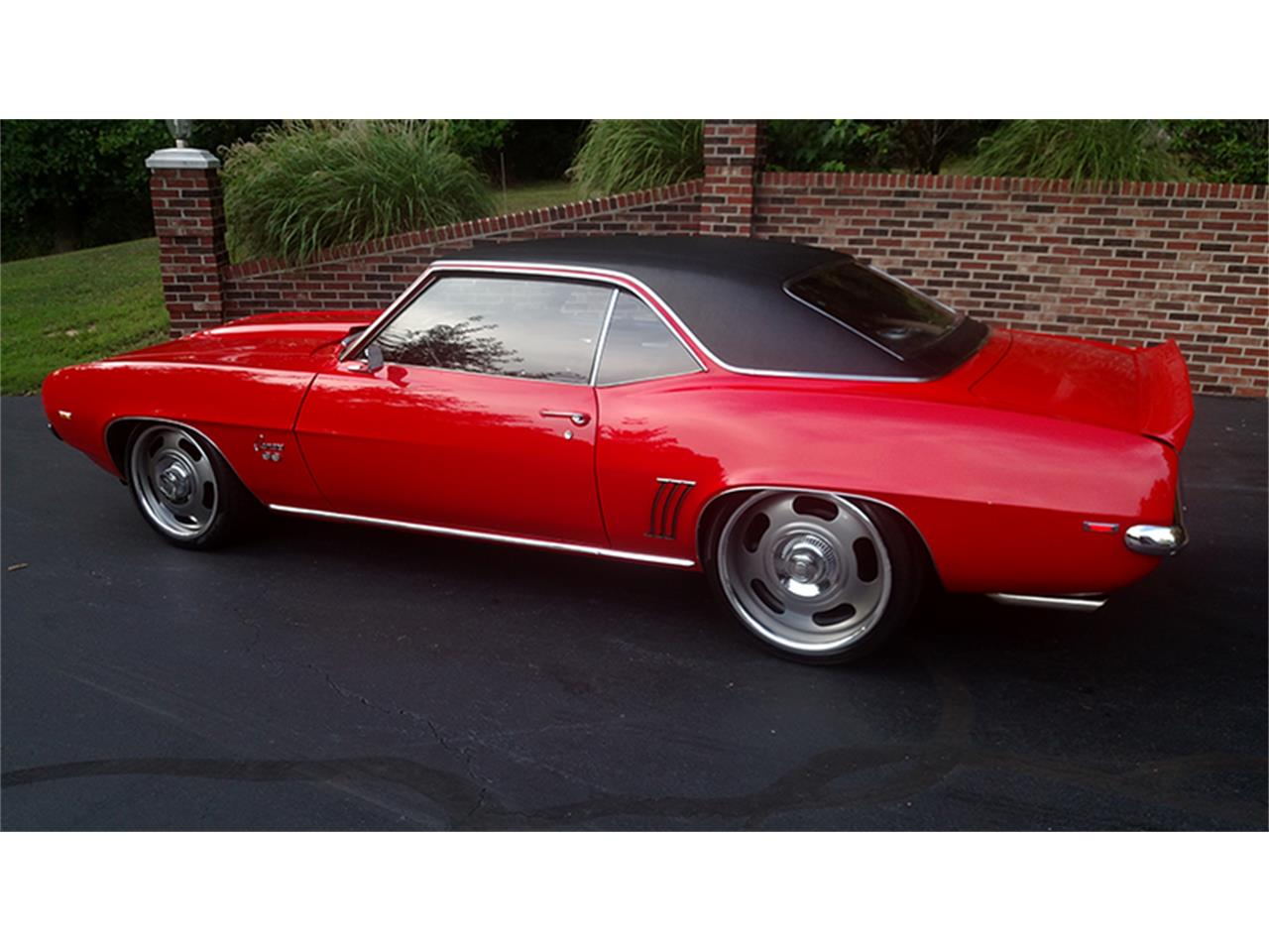Large Picture of Classic '69 Chevrolet Camaro located in Maryland Offered by Old Town Automobile - LGVW