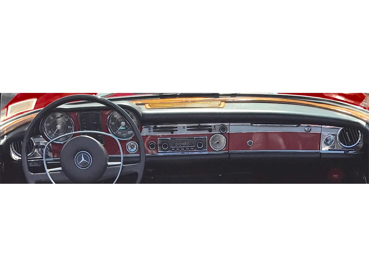 Large Picture of Classic 1967 280SL located in Huntington New York - $58,000.00 - LGX2