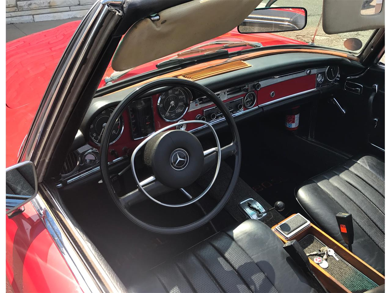 Large Picture of Classic 1967 Mercedes-Benz 280SL located in New York - LGX2