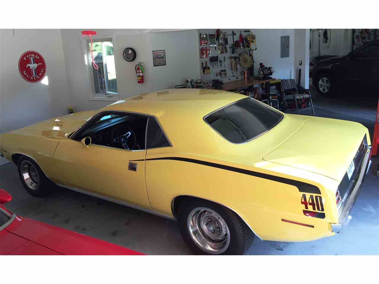 Large Picture of '70 Barracuda - LGZ8