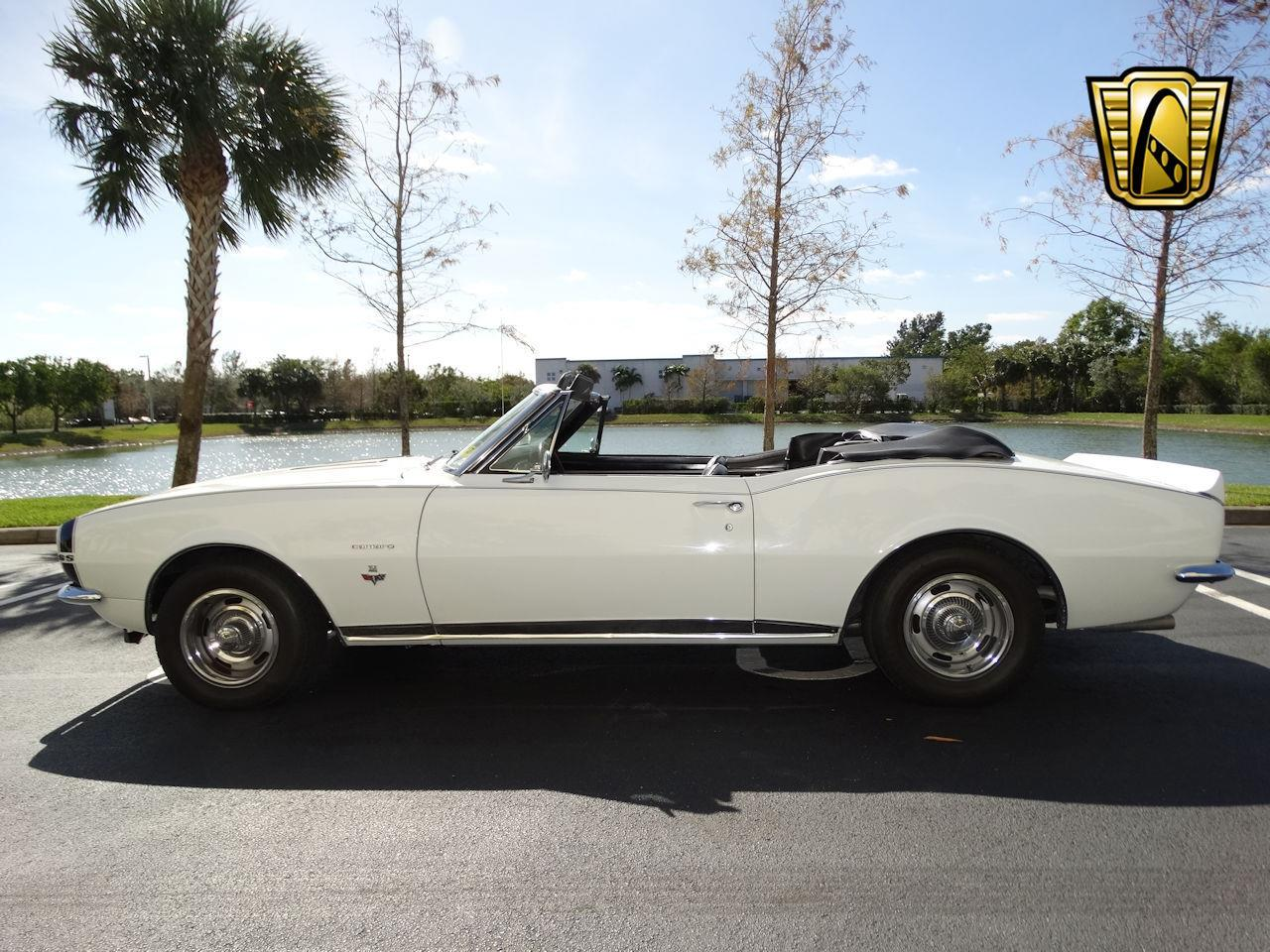 Large Picture of Classic 1967 Camaro located in Coral Springs Florida - LH15