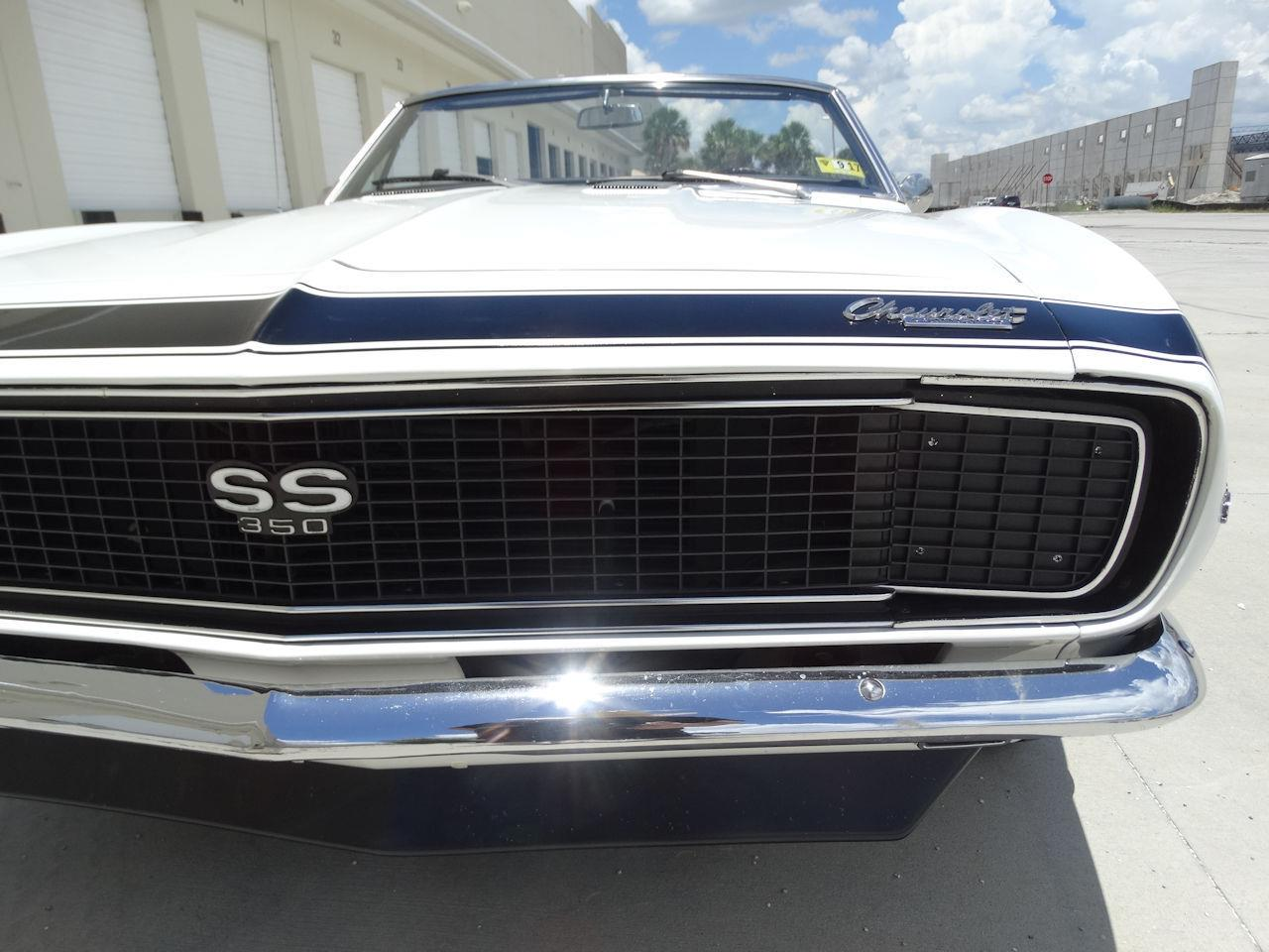 Large Picture of Classic '67 Camaro located in Coral Springs Florida - LH15