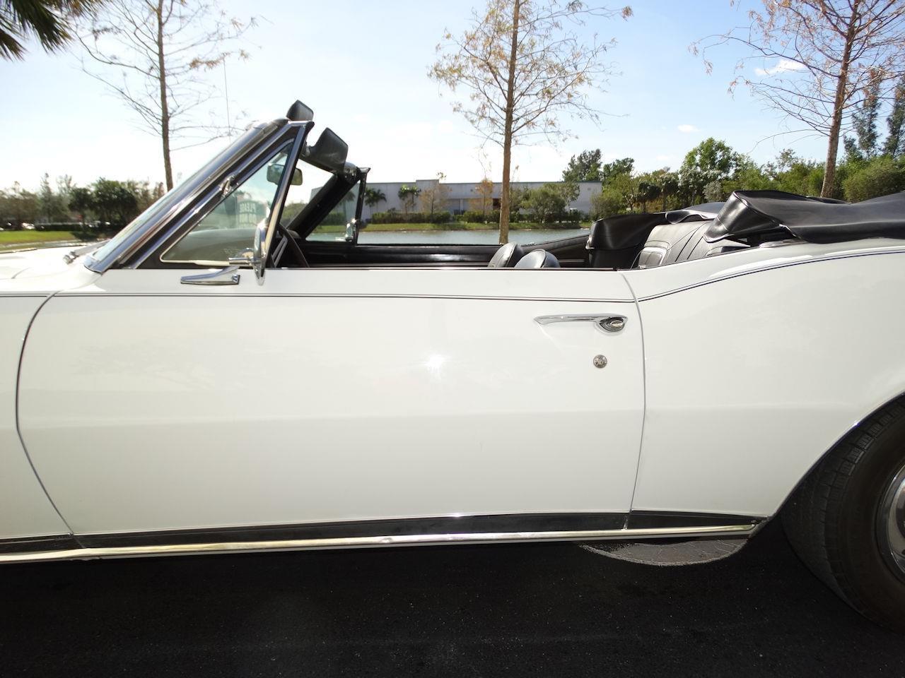 Large Picture of Classic 1967 Camaro - LH15