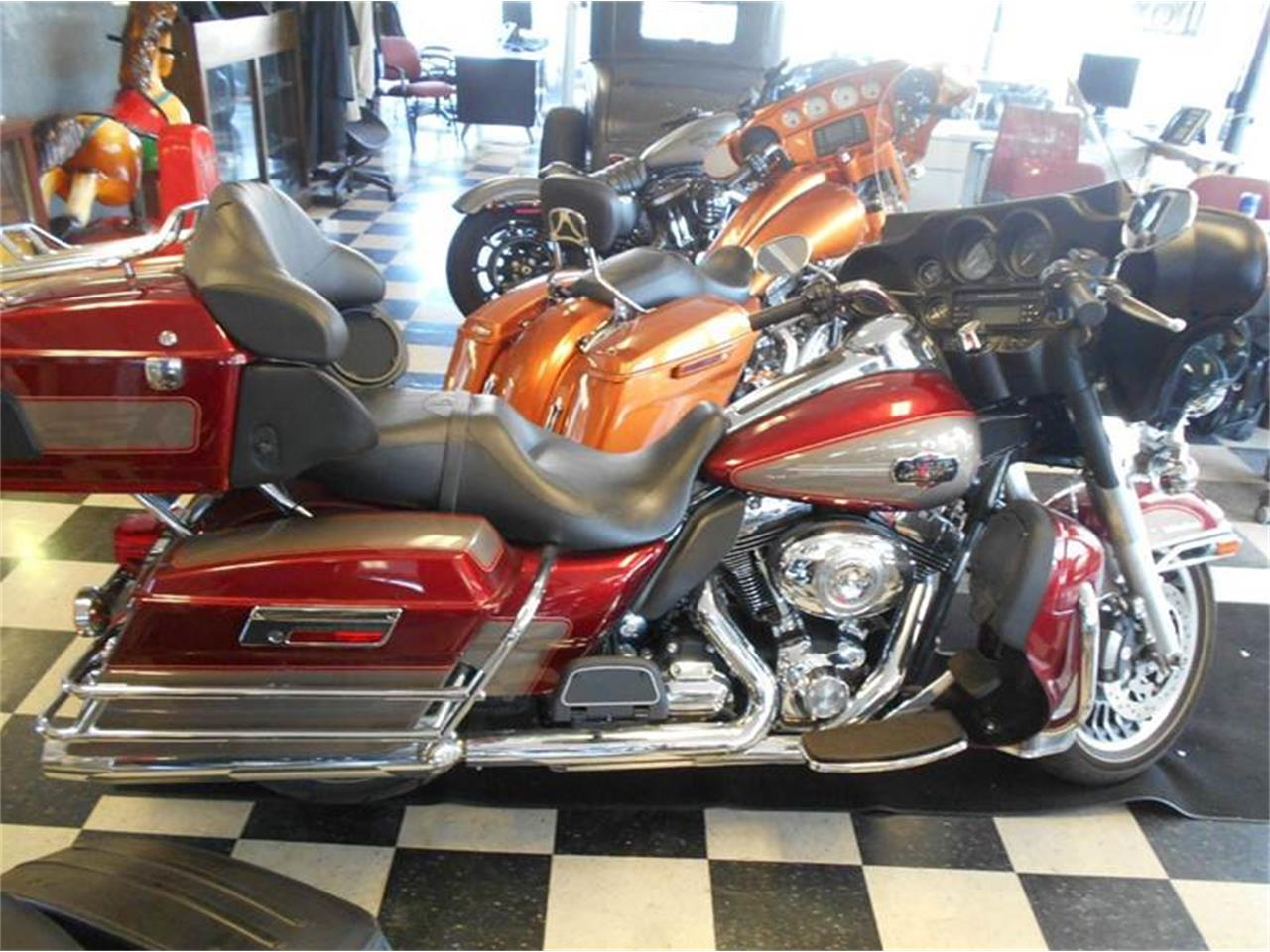 Large Picture of 2009 Harley-Davidson Electra Glide located in Olathe Kansas - LH24