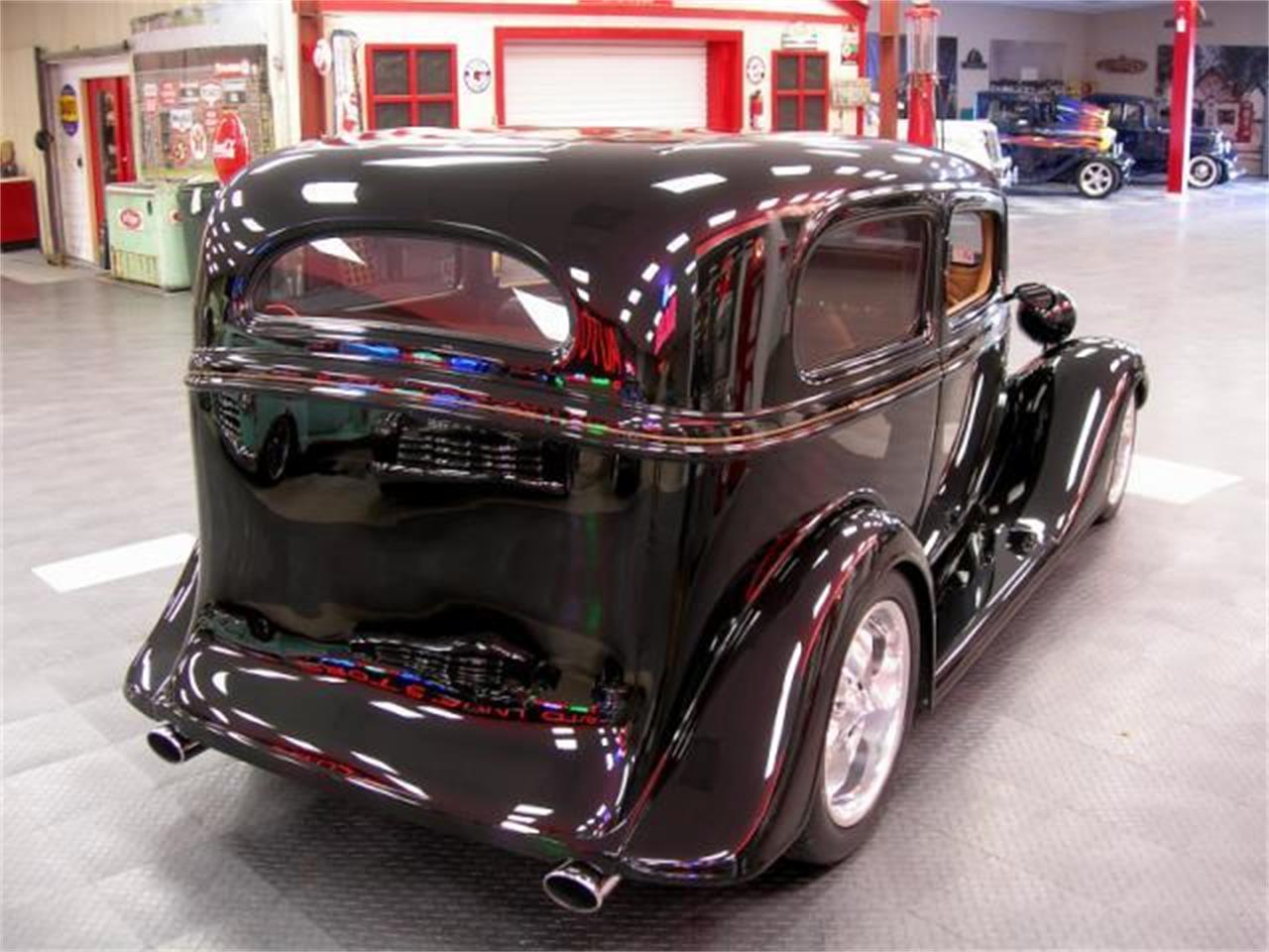 Large Picture of '35 Chevrolet Deluxe - $79,995.00 Offered by Auto Investors - LH2D