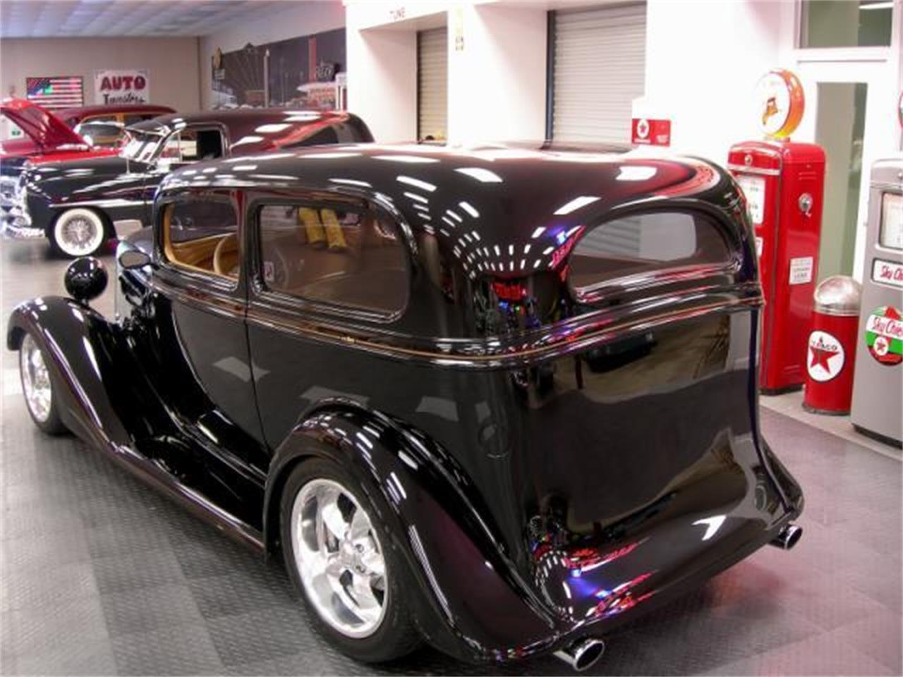 Large Picture of Classic '35 Chevrolet Deluxe - LH2D