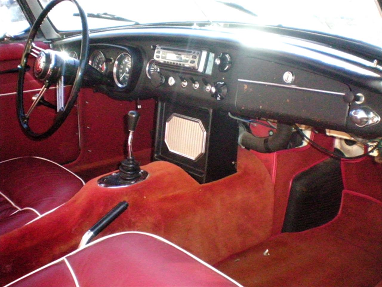 Large Picture of 1965 MG MGB Offered by Brit Bits - LH58