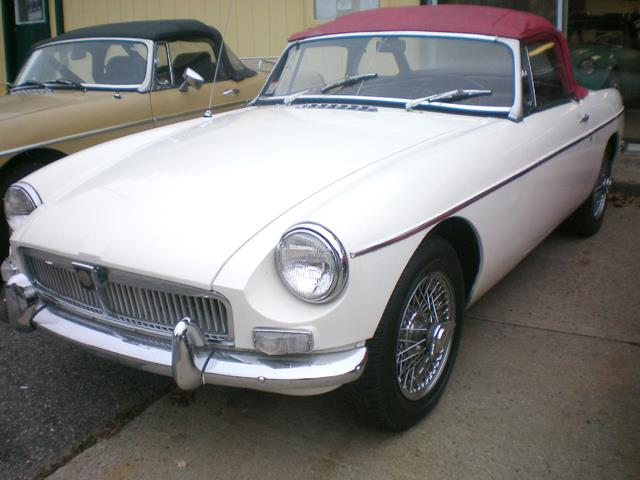 Picture of '65 MGB - LH58