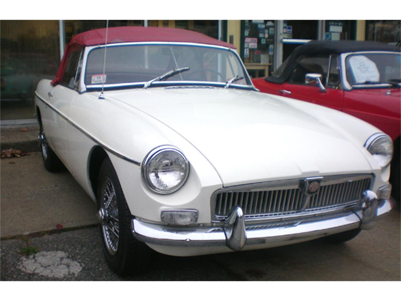 Large Picture of Classic 1965 MGB - $12,900.00 - LH58