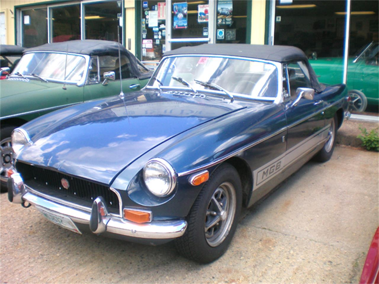 Large Picture of '72 MGB - LH78