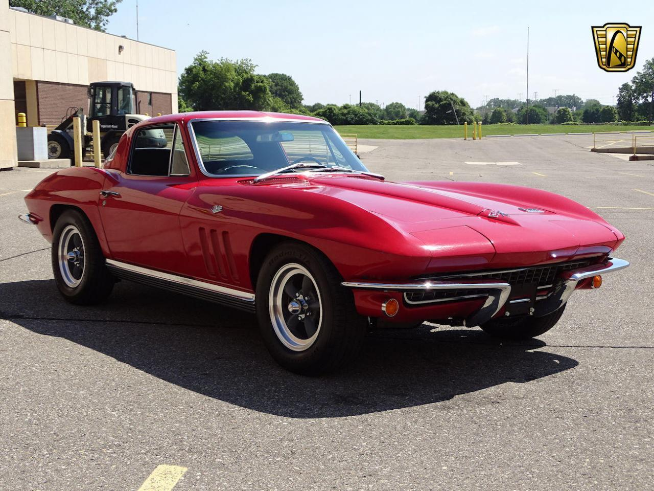 Large Picture of Classic 1966 Corvette located in Michigan Offered by Gateway Classic Cars - Detroit - LH96