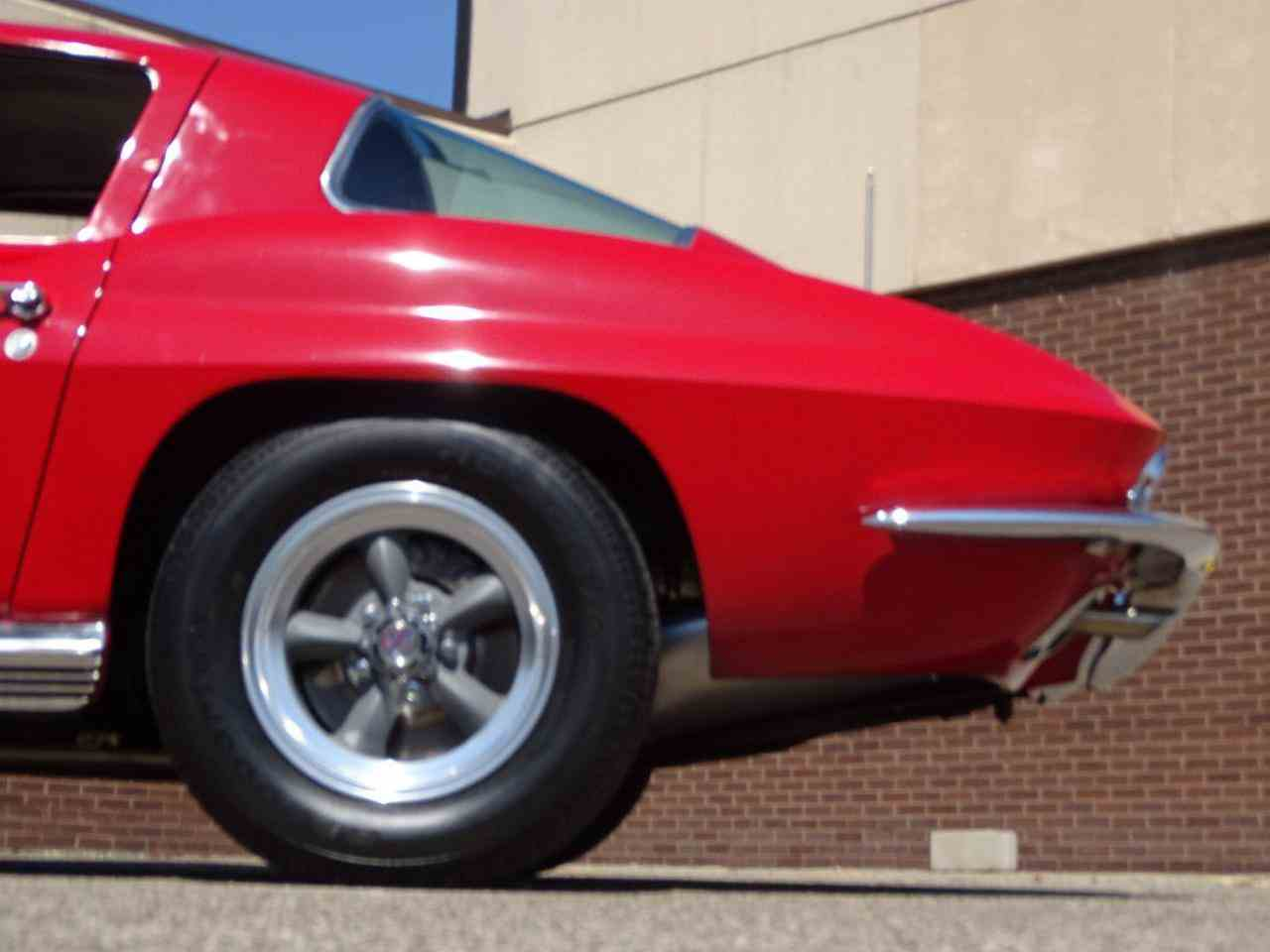 Large Picture of '66 Corvette located in Dearborn Michigan - LH96