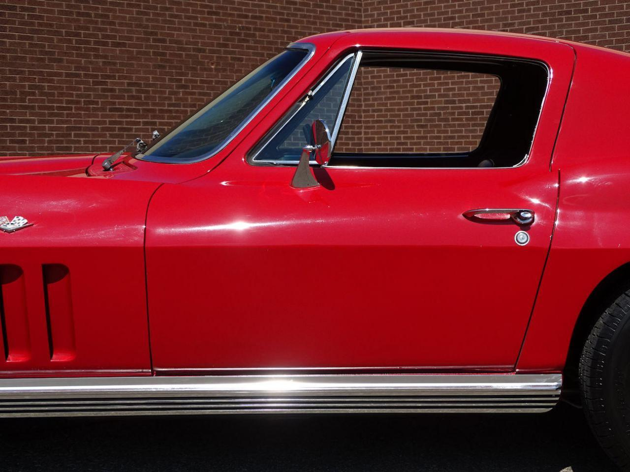 Large Picture of 1966 Corvette located in Dearborn Michigan - $68,000.00 Offered by Gateway Classic Cars - Detroit - LH96