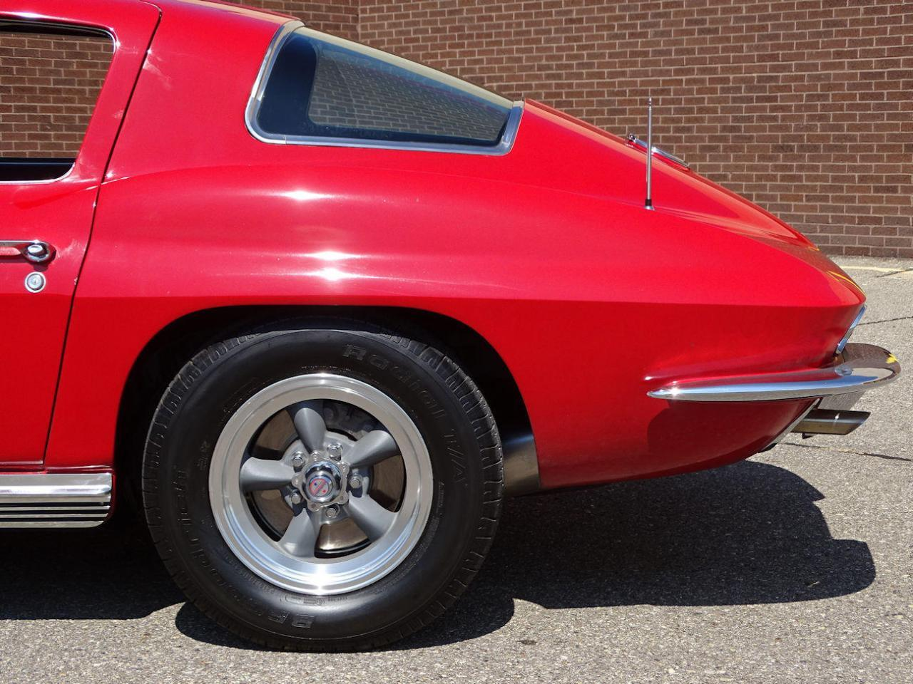Large Picture of Classic '66 Chevrolet Corvette located in Michigan Offered by Gateway Classic Cars - Detroit - LH96