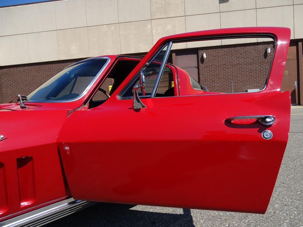 Large Picture of 1966 Chevrolet Corvette - $68,000.00 Offered by Gateway Classic Cars - Detroit - LH96