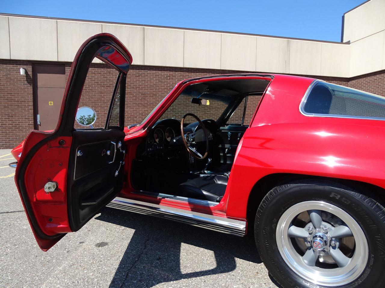 Large Picture of Classic '66 Chevrolet Corvette Offered by Gateway Classic Cars - Detroit - LH96