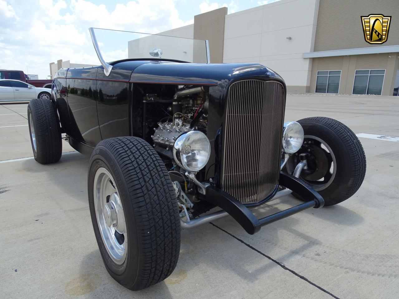 Large Picture of Classic 1932 Roadster located in DFW Airport Texas - LH9C
