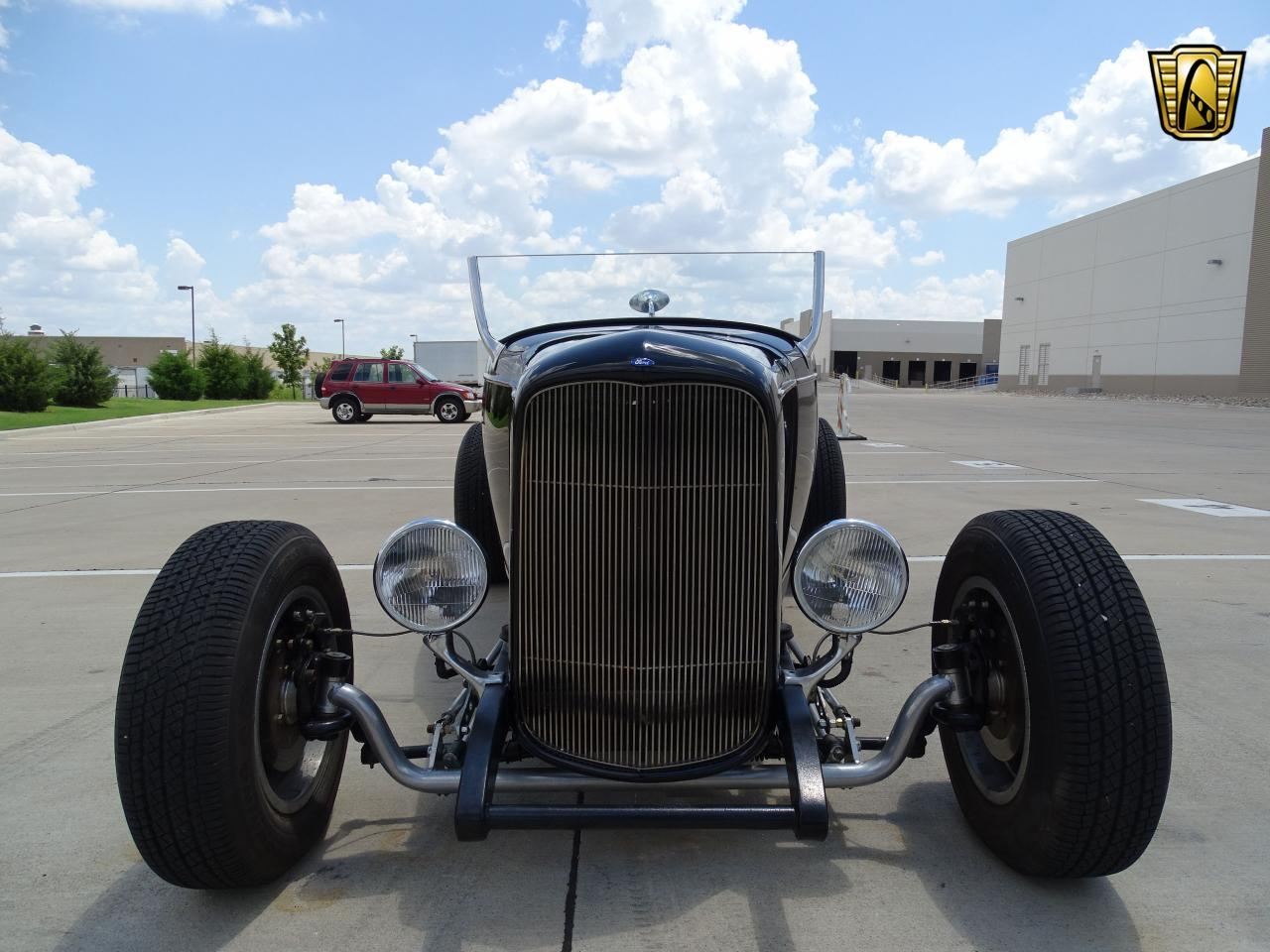 Large Picture of 1932 Ford Roadster - LH9C