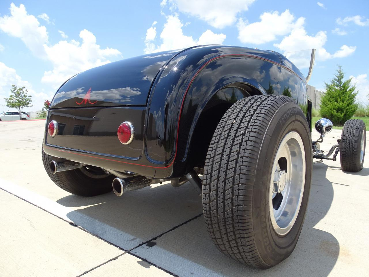 Large Picture of Classic '32 Roadster - $22,595.00 Offered by Gateway Classic Cars - Dallas - LH9C